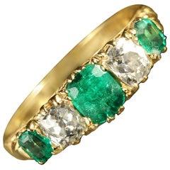 Antique Victorian Emerald Diamond Ring 18 Carat Gold, circa 1900
