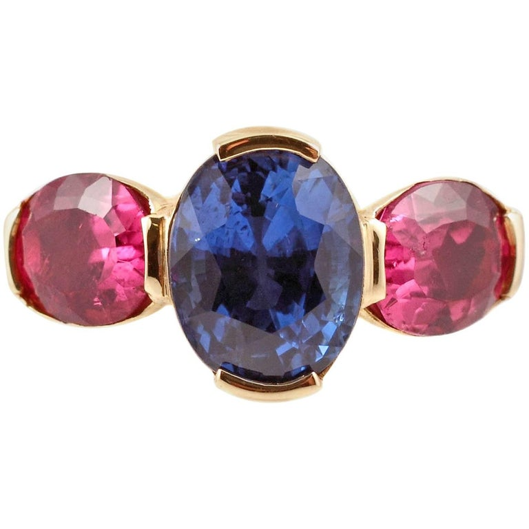 3.00 Carat Blue Sapphire Pink Tourmaline Yellow Gold Ring