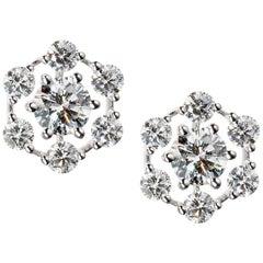 Kwiat Diamond Star Stud Earrings in 18 Karat White Gold