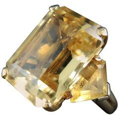 Ctirine Vintage Ring, 14 Karat Gold, 1960s