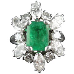 Emerald and Diamonds French Cluster Ring, circa 1970