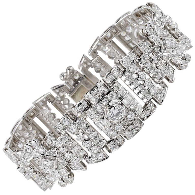 French Art Deco 12.0 Carat Diamond Platinum Bracelet