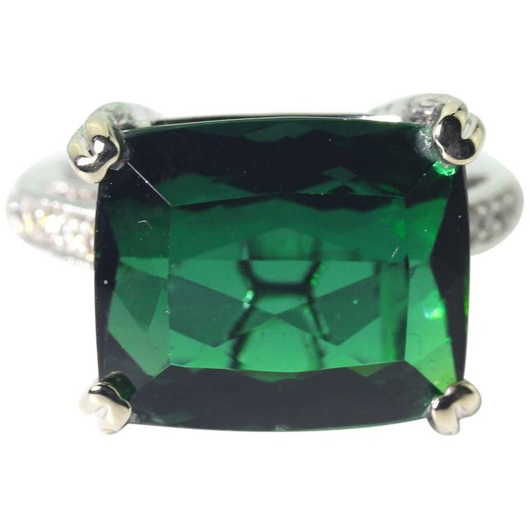 9.9 Carat Clear Green Tourmaline 14Kt Gold Dinner Party Ring