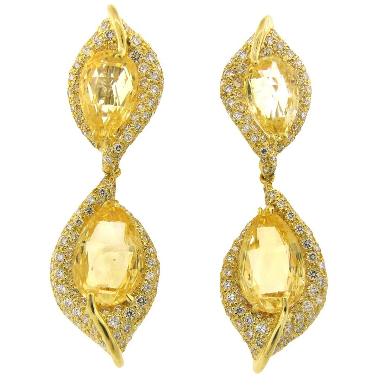 Henry Dunay Yellow Sapphire Diamond Gold Earrings For Sale