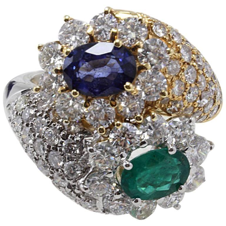 Diamonds Blue Sapphire and Emerald Gold Cocktail Ring