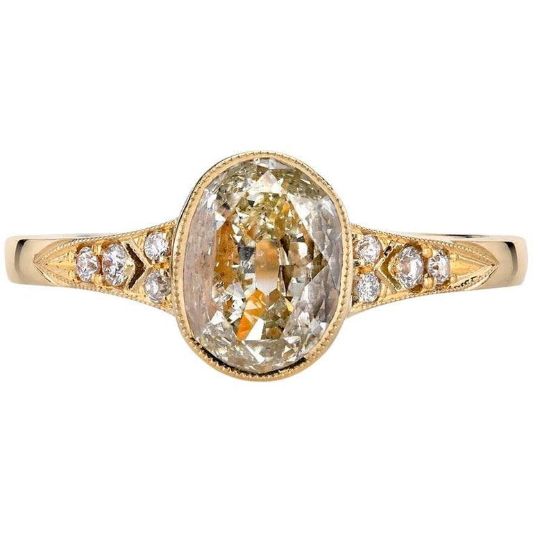 Yellow Gold Oval Cut Diamond Engagement Ring