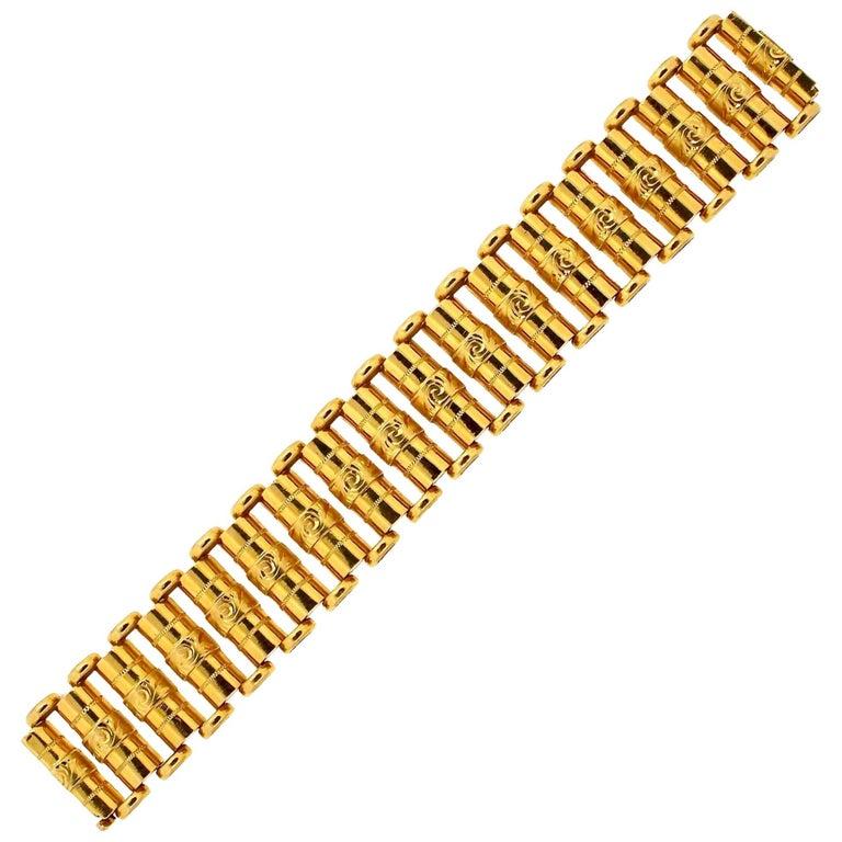 Antique Victorian 18 Karat Gold Wide Link Bracelet