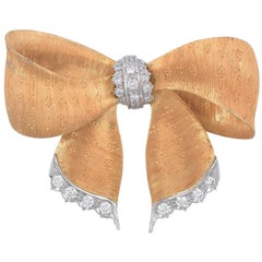 1990s Buccellati Diamond Gold Ribbon Brooch