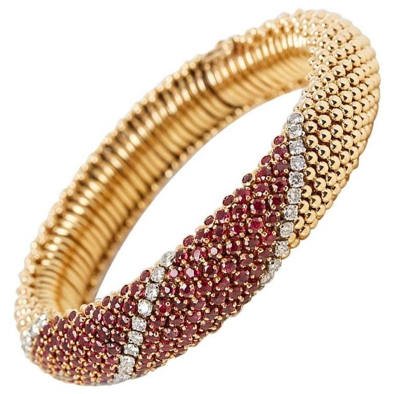 Van Cleef & Arpels 18 Karat Yellow Gold Ruby & Diamond Vintage Bracelet  For Sale