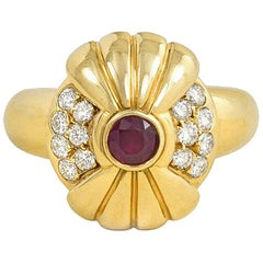 1970s Boucheron Gold, Diamond and Ruby Ring with Rotating Top