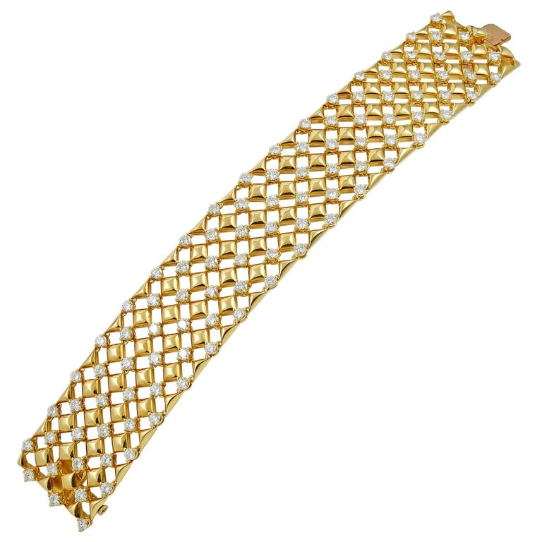 Van Cleef & Arpels Diamond Gold Bracelet
