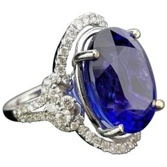 Oval Tanzanite and Diamond Cocktail Ring
