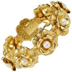 Pearl Flower Design Italian 18 Karat Gold Bracelet