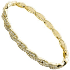 Carlos Udozzo 18 Karat Gold Bangle Intertwining Lines of Diamonds Bracelet