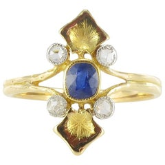 French 1890s Art Nouveau Sapphire and Diamond Ring