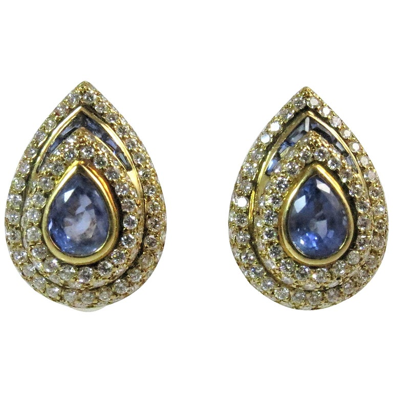 18 Karat Yellow Gold Pear Shape Sapphire and Diamond Clip Earrings For Sale