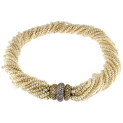Pearls Torchon Necklace with Diamond Lock