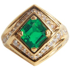 18K Yellow gold, Emerald 1,23 carats and Diamond Ring by Marion Jeantet