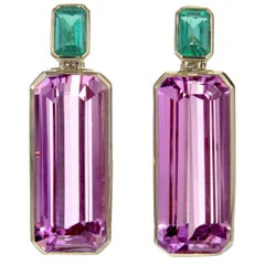 Brazilian Kunzite and Emerald Statement 18 Karat Gold Drop Earrings