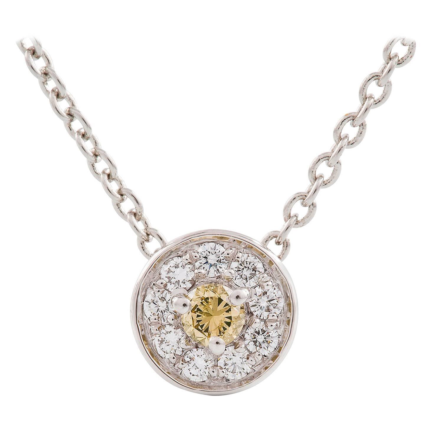 Kian Design 18 Carat White Gold, Round Brilliant Cut Cluster Diamond Necklace