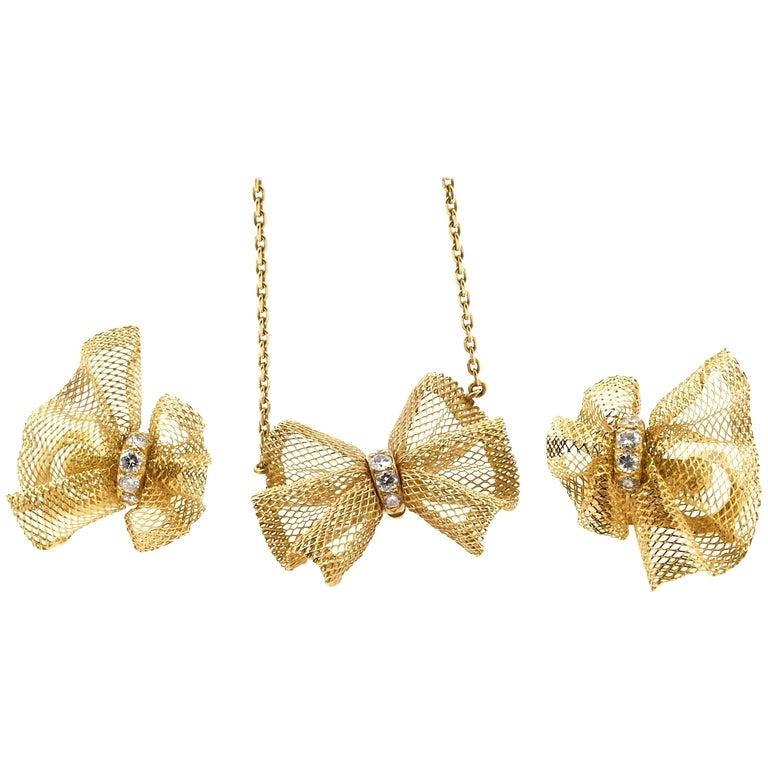 Van Cleef & Arpels Necklace and Earrings Demi Parure, Diamonds and 18 Karat Gold