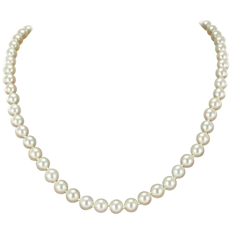 French 1950s Japanese Cultured Pearls Chocker Necklace