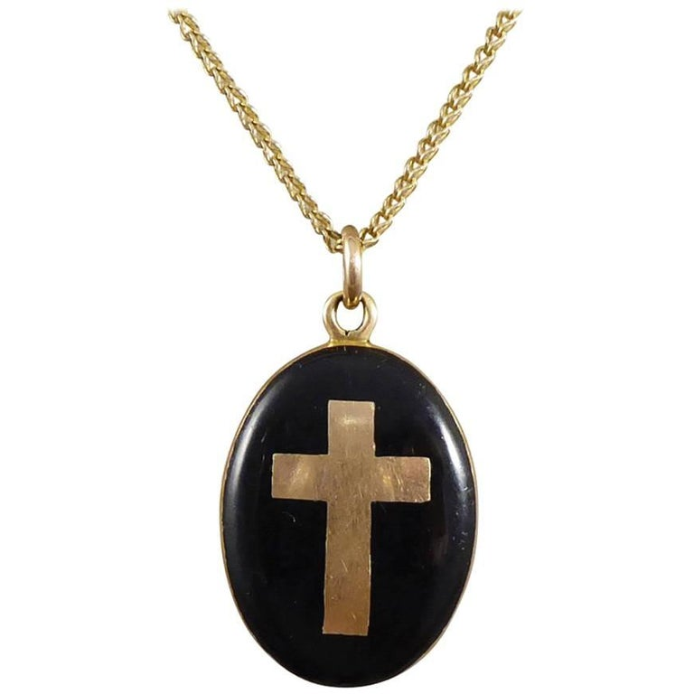 Late Victorian Cross Mourning Locket and Chain in 9 Carat Gold