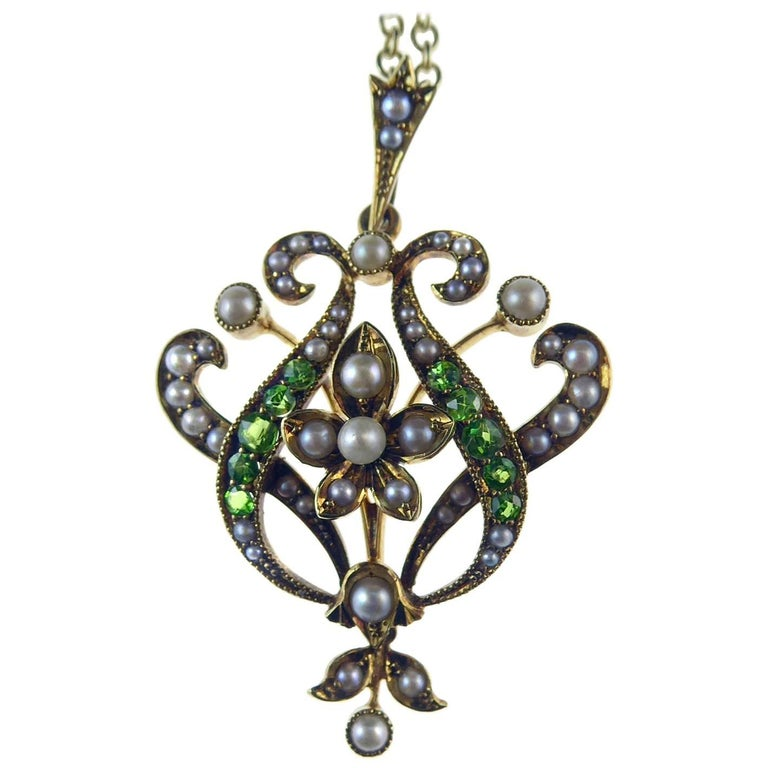 Antique Art Nouveau Pendant, 15 Carat Gold with Demantoid Garnet and Seed Pearls 1