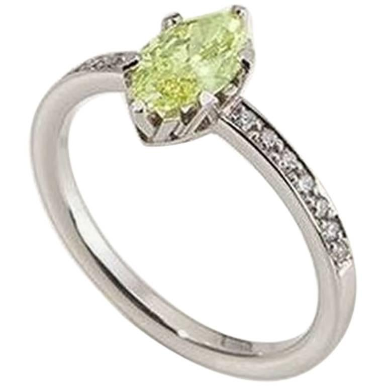 "Ring, White Gold, Fancy Intense Yellow Green Diamond ""Wagner Collection"" For Sale"