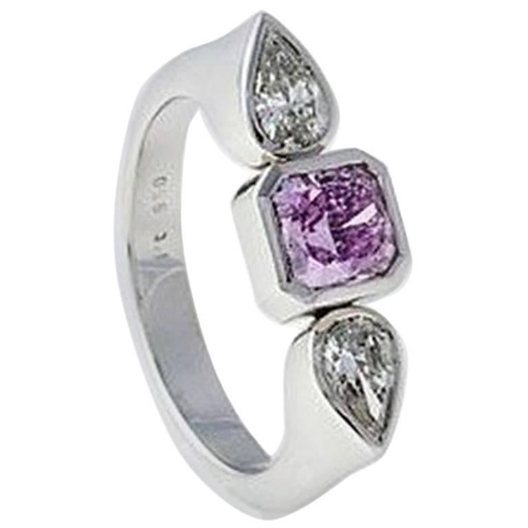 "Ring, Platinum, Fancy Pink and White Diamonds ""Wagner Collection""  For Sale"