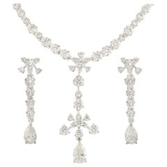 De Beers Diamond Lea Necklace and Earrings