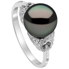 Yoko London Tahitian Pearl Ring in White Gold with White Diamonds