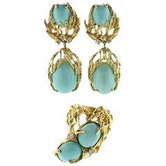 Stunning 14 Karat Gold Turquoise Cabochon Diamond Drop Earrings and Ring Set