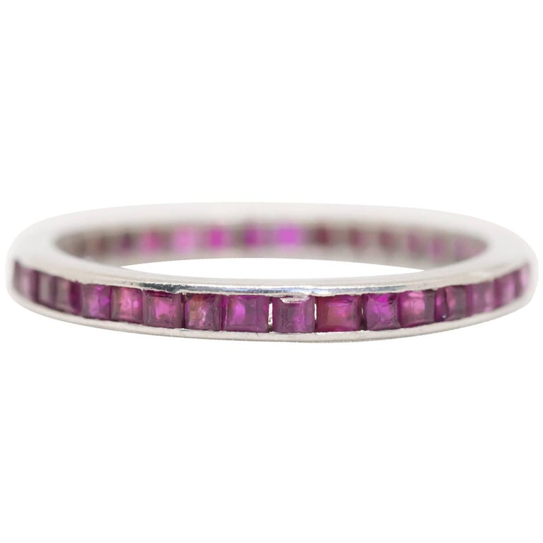 1920s Art Deco 1.00 Carat Total Weight Ruby Platinum Wedding Band For Sale