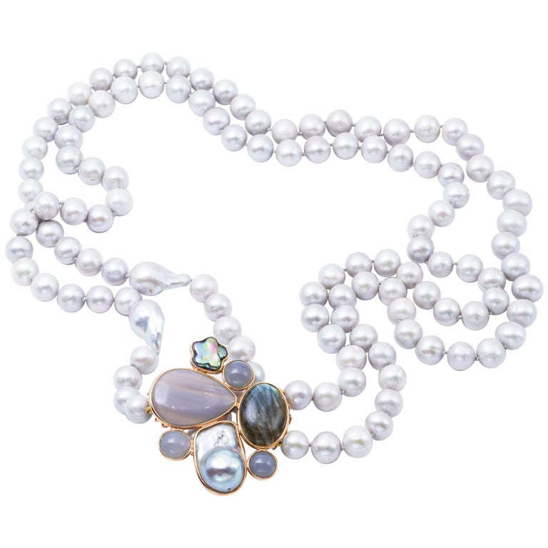 Fresh Water and Agate and Mother-of-Pearl Necklace