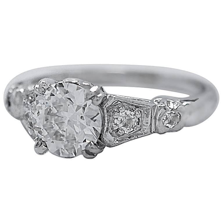 Antique 1.04 Carat Diamond Platinum Engagement Ring