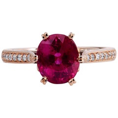 Handmade 2.20 Carat Oval Cut Burma Ruby and Diamond 18 karat Rose Gold Size 5.5