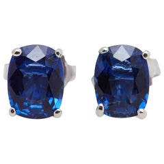 Blue Sapphire Cushion Shaped White Gold Earrings 2.81 Carat