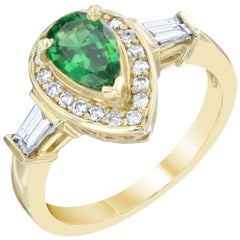 1.46 Carat Pear Cut Tsavorite Diamond Yellow Gold Cocktail Ring