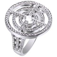 Akillis Licence to Akillis Ring 18 Karat White Gold White Diamonds