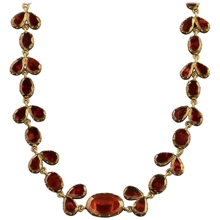 Antique Georgian 18 Carat Gold Flat Cut Garnet Riviere Necklace, circa 1790
