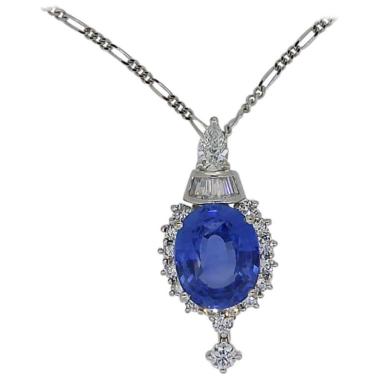 7.60 Carat Sapphire Pendant, Baguette, Diamonds, circa 1980 For Sale