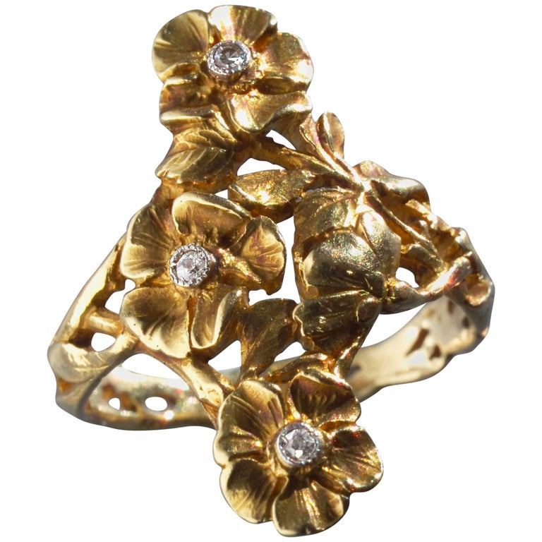 Art Nouveau Wild Rose Ring in Gold and Diamond Attributed to Georges Le Turcq 1