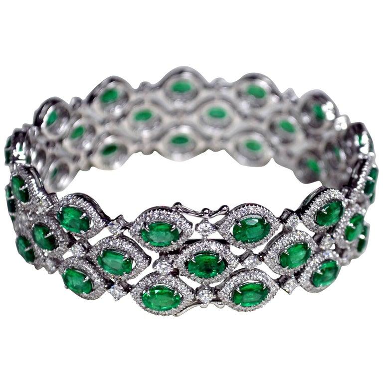 15.69 Carat Oval Zambian Emerald Diamond 18 Karat Gold Three-Row Bracelet