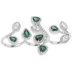 Alexandrite Diamond Halo Gold Three-Finger Ring