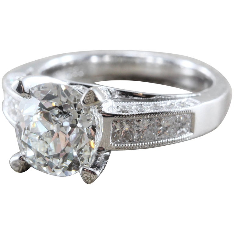 2.65 Carat Diamond Round Gold Engagement Ring