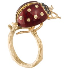 18 Karat Yellow and Black Diamond Enamel Ladybug Yellow Gold Ring