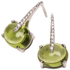 Luxurious Diamond Green Peridot 18 Karat Solid White Gold Chic Drop Day Earrings