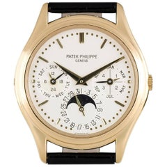 Patek Philippe Yellow Gold Perpetual Calendar automatic Wristwatch