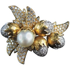 Hazelnuts' Acorns and Leaves Brooch Set with Diamonds and South Sea Pearl, 1980s
